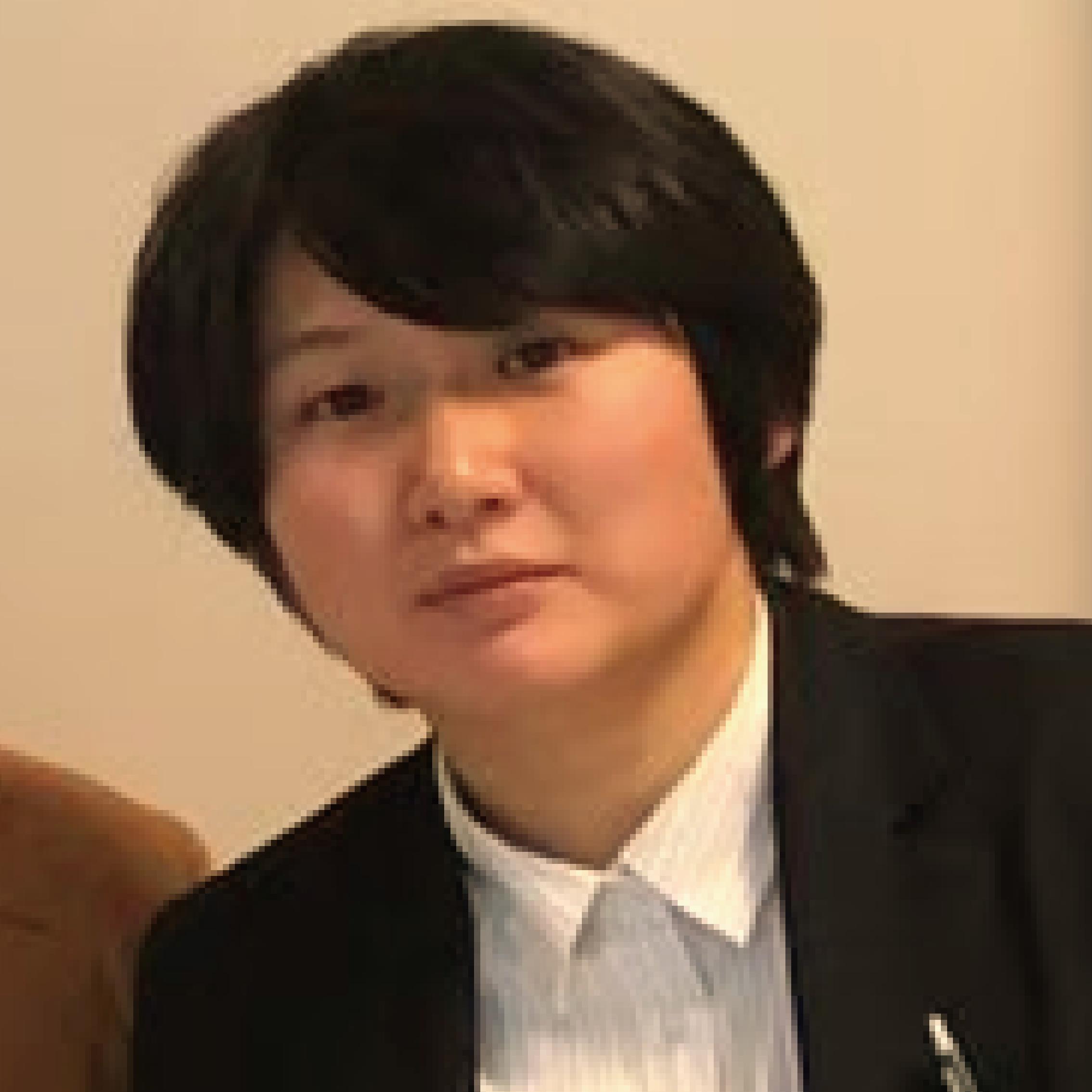 須川日加里